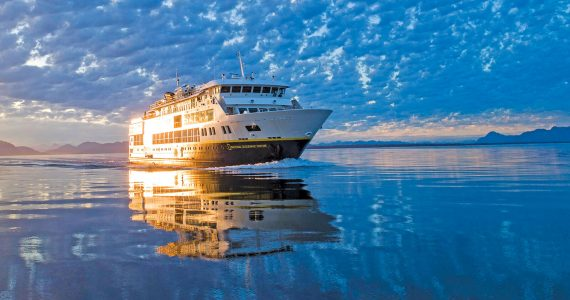 Small Ship Voyages Book Luxury Cruises with Lindblad National Geographic Cruises - Sailing to the Arctic